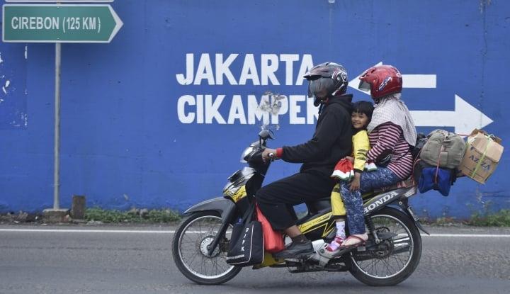 Foto Berita Buat Pemudik Sepeda Motor, Polri: Jangan Tambahkan Kayu di Belakang Jok!