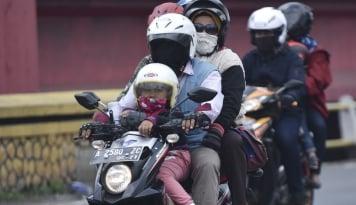 Foto Mudik Lebaran, Penjualan Suku Cadang Sepeda Motor Naik 300%