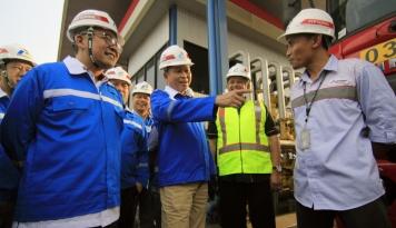 Foto Stok BBM Aman, Menteri ESDM Apresiasi Kinerja Pertamina