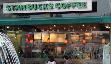 Foto Saham Pemilik Starbukcs Sempat Anjlok, Analis: Itu Hanya Sementara
