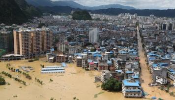 Foto Atasi Bencana Banjir, Otoritas China Gelontorkan Dana Sebesar $103 Juta