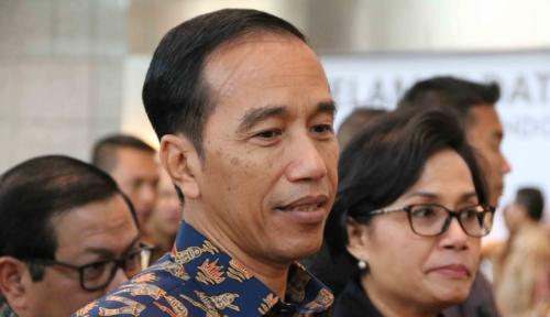Foto Jokowi Beri Nama Pesawat Buatan Dalam Negeri N219