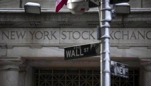 Foto Wall Street Tertekan Oleh Serangan Barcelona