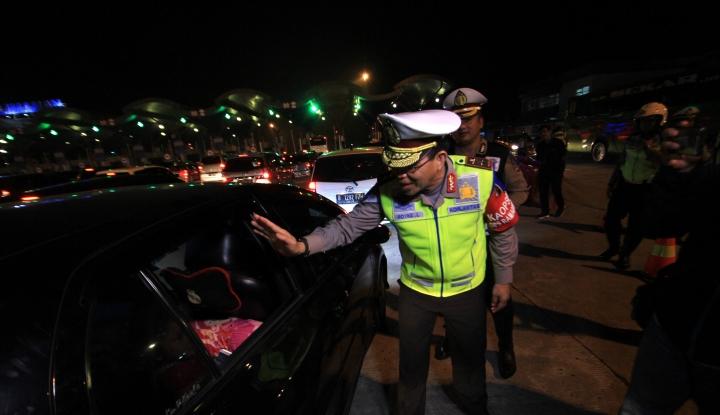 Foto Berita Ganjil-Genap di Tol Cibubur-Jakarta Diklaim Sukses