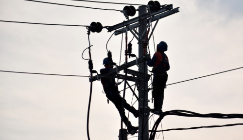 Foto Rasio Elektrifikasi Sudah Mencapai 62 Persen