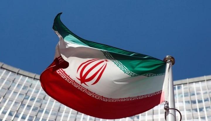 Ngeri! Iran Resmikan Roket Jelajah dengan Jangkauan 1.300 KM - Warta Ekonomi