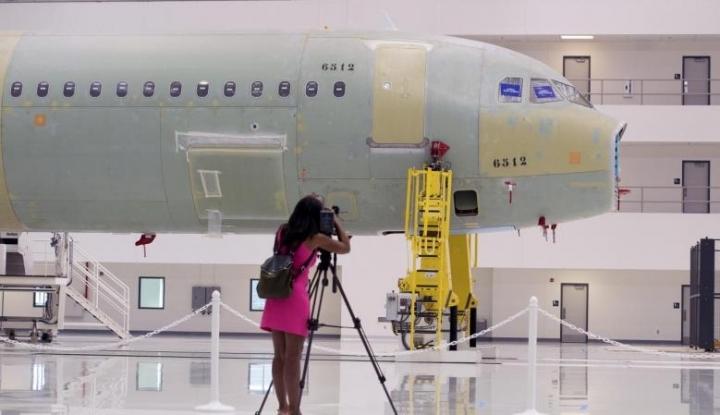 Foto Berita Anggota DPR Minta Pemerintah Tinjau Ulang Kerja Sama DI-Airbus