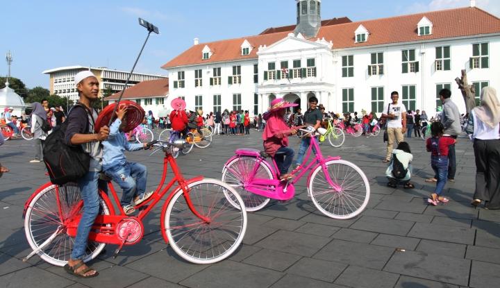 Foto Berita Sandi Yakin Jakarta Jadi Kota Destinasi Wisata Menarik