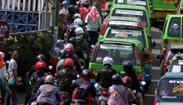 Foto Berita Bogor Di-bully Kota Sejuta Angkot, Walikota: Padahal Nggak Bertambah