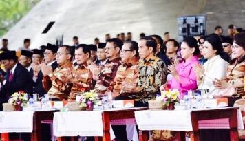 Foto Menkop Ajak Daerah Lain Tiru BULo Makassar