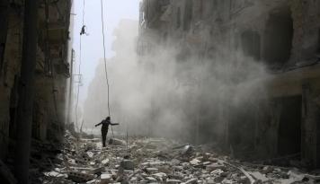 Foto Pasukan Pro Pemerintah Kembali Bombardir Ghouta