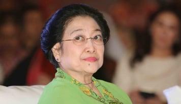 Foto Megawati: PDIP Buruan Para Artis