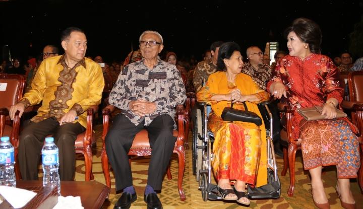Foto Berita Rachmat Saleh, Mantan Gubernur BI Meninggal Dunia