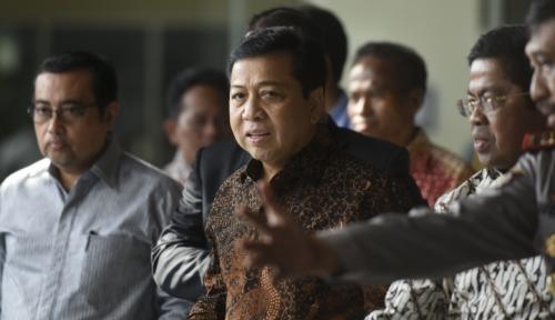 Foto KPK Bantah Novanto Telah Ditahan