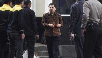Foto Novanto Tersangka, Politisi Golkar: Elektabilitas Partai Aman