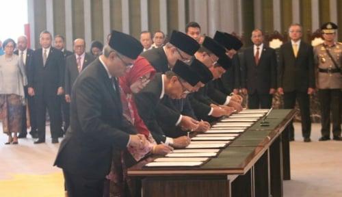 Foto Ini Harapan BI kepada Anggota DK OJK Baru