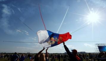 Foto Indonesia Siap Lakukan Barter Dengan Rusia, Barter Apa Ya?
