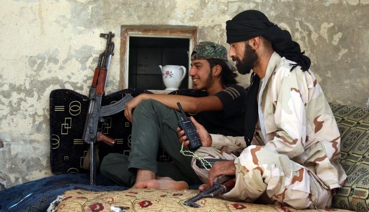 Foto Berita Rusia Klaim Gerilyawan di Douma Siap Menyerah