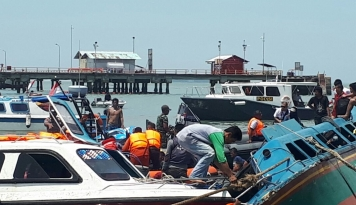Foto 10 Orang Tewas dalam Insiden Speed Boat Terbalik di Pelabuhan Tarakan