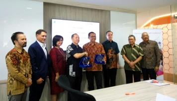 Foto FPG Insurance Gaet Travel Agent Pasarkan Asuransi Perjalanan