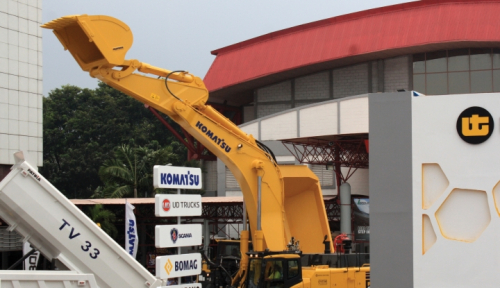 Foto Anak Usaha United Tractors Jadi Distributor Alat Konstruksi Asal Italia