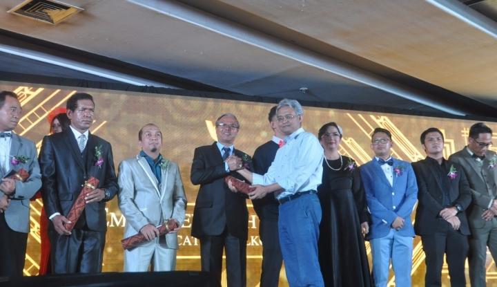 Foto Berita HUT ke-52, Telkom Beri Penghargaan Inspiring Employee