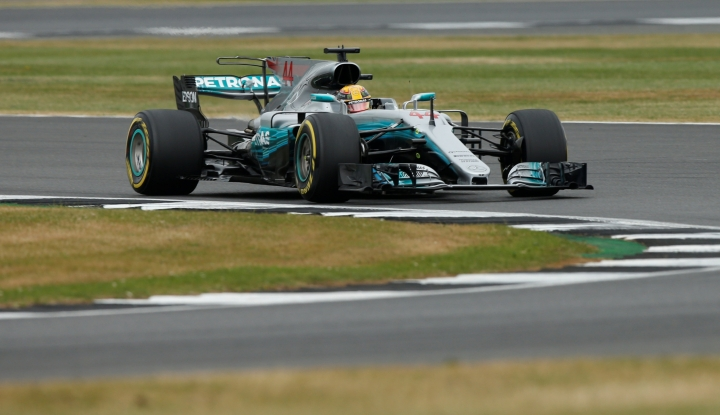 Foto Berita Hamilton Tercepat di Sesi Latihan Kedua Grand Prix Spanyol