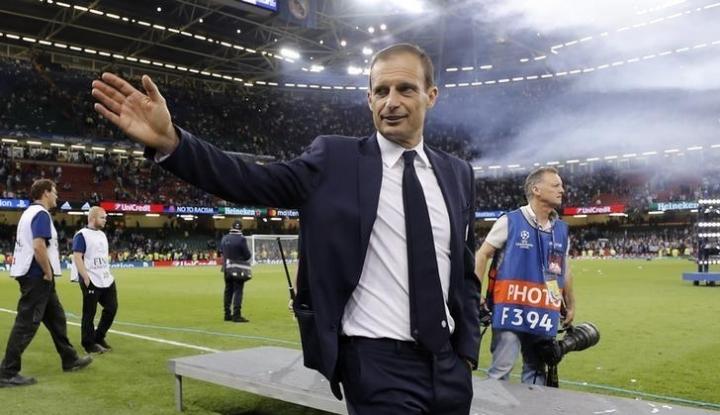 Foto Berita Allegri Tolak Kursi Bekas Zidane