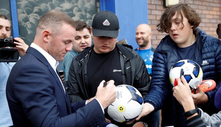 Foto Berita Sudah Tak Laku di Inggris, Rooney Pindah ke AS