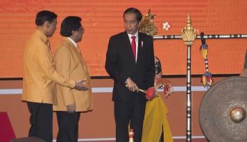 Foto Hari ini, Hanura Umumkan Cawapres Pendamping Jokowi, Siapa Dia?
