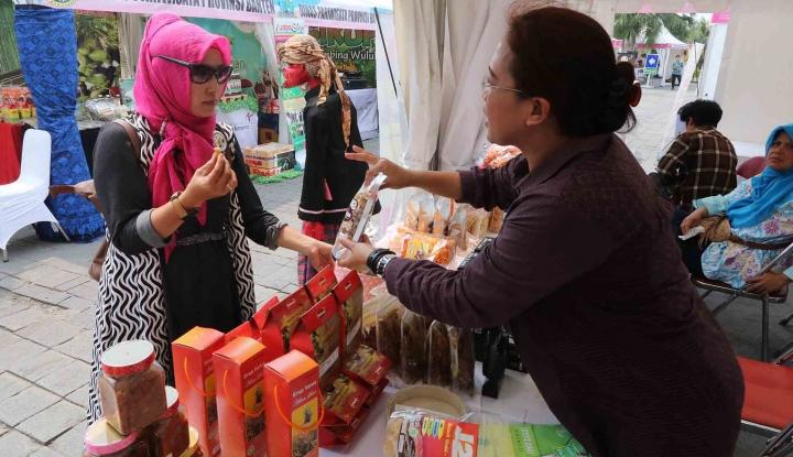 Foto Berita BSN Sosialisasikan Biskuit Ber-SNI