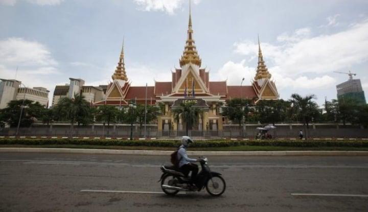 Foto Berita Selama 2017, 80 Warga Kamboja Tewas Tersambar Petir