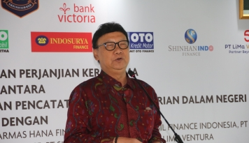 Foto Tjahjo Kumolo Panggil Wali Kota Semarang, Begini Hasil Pembicaraannya