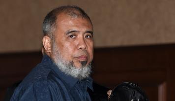 Foto Patrialis Akbar Dituntut 12,5 Tahun Penjara