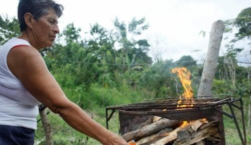 Foto Warga Venezuela Bertahan Hidup dengan Bitcoin
