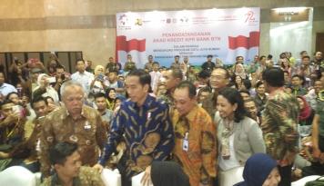 Foto Ini Tiga Masalah Besar Bagi Pengembang Menurut Jokowi