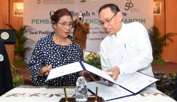 Foto Menteri Susi Incar 300 Lulusan Kampus Terbaik untuk Jadi Anak Buahnya