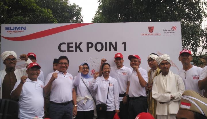 Foto Berita Telkom Bersama Krakatau Steel Gelar Acara Jalan Sehat