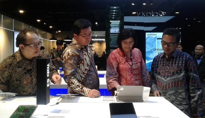 Foto Berita Samsung Resmikan Samsung Experience Store di Bandung
