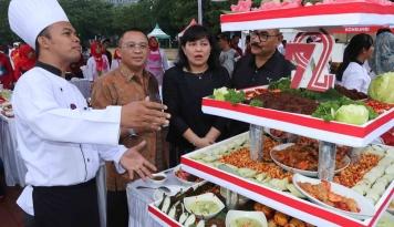 Foto Pelindo I dan Tiga BUMN Gelar Festival Kuliner untuk Rayakan HUT RI ke-72