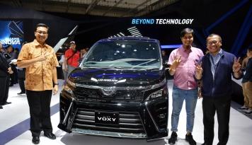 Foto Avanza Masih Pimpin Penjualan Toyota di GIIAS 2017
