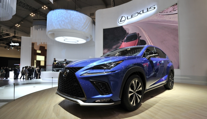 Foto Berita Lexus Hadirkan SUV Premium The New NX 300 di GIIAS 2017