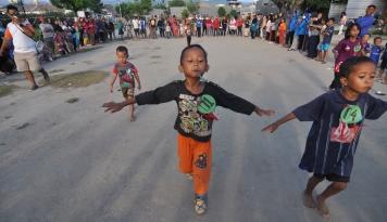 Foto HUT RI Ke-72, Jalan Protokol di Palembang Sepi, Warga Bikin Lomba