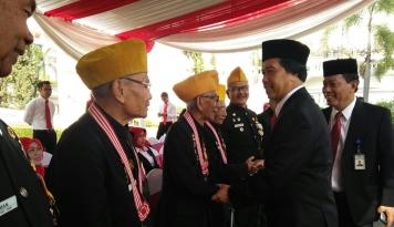Foto BI Jabar Salurkan Bantuan bagi Legiun Veteran RI