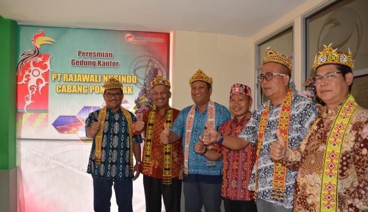 Foto Berita 2018, Rajawali Nusindo Targetkan Omzet Tembus Rp4 Triliun
