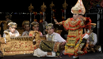 Foto Kemenkop dan UKM Apresiasi Timeless Indonesia Festival II