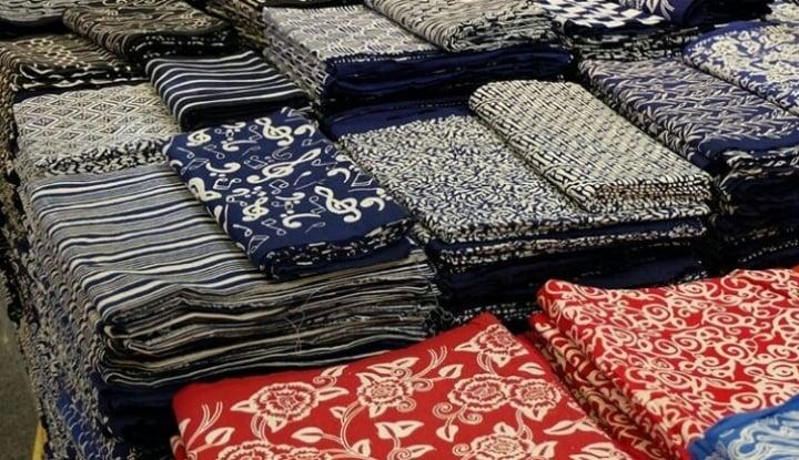 Foto Berita Warga Inggris Apresiasi Batik Sebagai Karya Seni