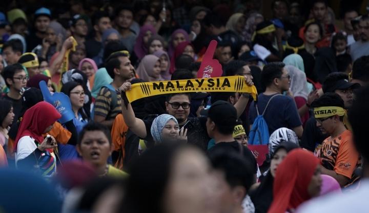Foto Berita Hoax! Video Fans Malaysia di Sea Games Soraki Indonesia Itu Anj*ng!