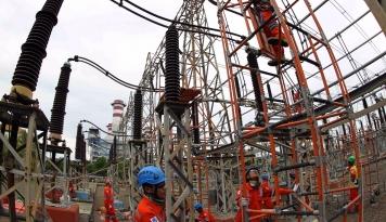 Foto DPR: PLTN Solusi Defisit Listrik