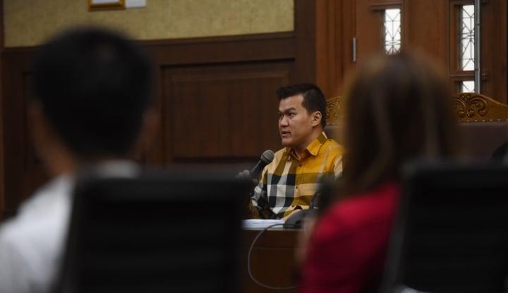Foto Berita Andi Narogong Akui DPR dan Kemendagri Dapat Komisi 10 Persen